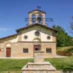 Santuario dell'Icona Passatora esterno con crocifissione