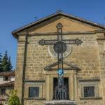 Santuario della Madonna delle Grazie facciata con crocifisso