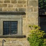 Santuario della Madonna delle Grazie finestra esterna