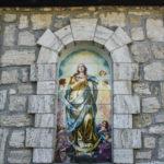 Santuario della Madonna delle Grazie finestra con la vergine