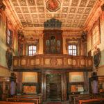 Chiesa di Santa Maria del Suffragio navata con organo a canne