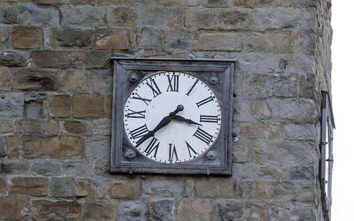 Orologio della torre di Amatrice